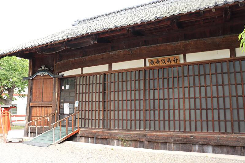 生島足島神社 歌舞伎舞台